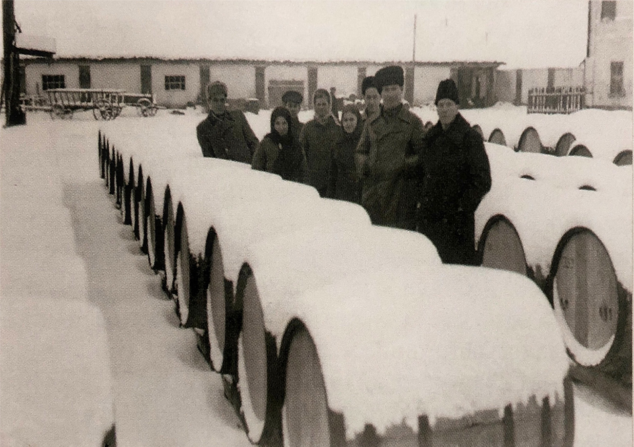 Двор купажного цеха. 1940-е годы